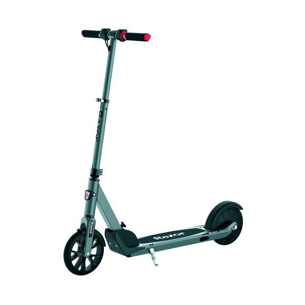 Razor e prime patinete eléctrico hasta 24km/h y 30min de autonomía con diseño plegable